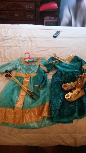 Disney merridan2 dress whole costume for Sale in Oklahoma City, OK
