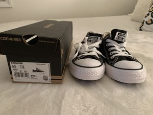 Black converse - never worn! - women's size 7.5, men's size 5.5 for Sale in Raleigh, NC