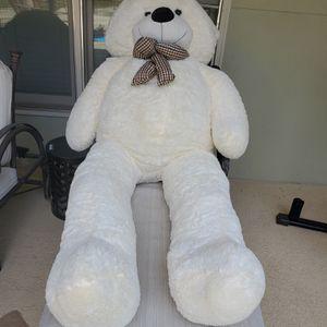 Joy foy 6 feet teddy bear for Sale in Lithonia, GA