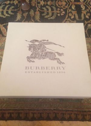 Burberry Winter Boots Windmere for Sale in Chicago, IL