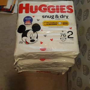 Huggies Snug And Dry Size 2 Diapers for Sale in Huntington Station, NY