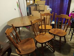 Dining table & 4 chairs for Sale in Oregon City, OR
