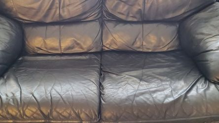 Black Leather Loveseat for Sale in Aurora,  CO