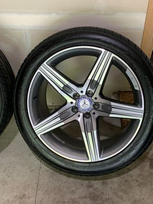 Mercedes Benz Rims 20'' Puyallup for Sale in Puyallup, WA