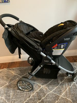 B Britax B-Agile 3 Stroller & B-Safe 35 InBritax Car Seat Travel system with extra base & snack tray! for Sale in Liberty Lake, WA