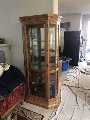 Display Cabinet for Sale in San Ramon, CA