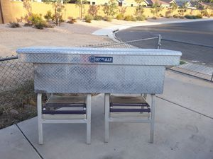KOBALT tool box full size pickup for Sale in Phoenix, AZ