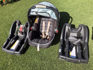 Graco car seat with two bases for Sale in Gilbert, AZ