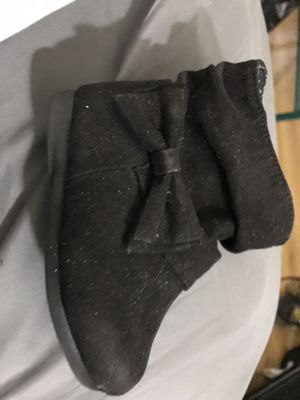 Little girl boots size 5 for Sale in Troy, NY