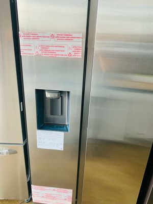 Refrigerator kissimme 39$ down ask for veronica for Sale in Orlando, FL