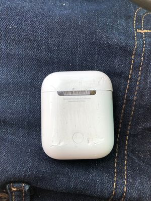 Apple 2nd gen airPods for Sale in PT CHARLOTTE, FL