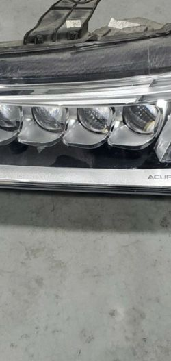 14 15 16 Acura Mdx Left Side Headlight Great Condition for Sale in Cicero,  IL