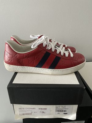 Gucci Sneakers Size 8 for Sale in Morrisville, PA