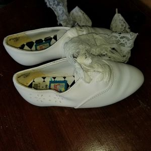 Girls shoes size 9 for Sale in Kent, WA