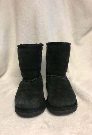 Girls Uggs size 13 for Sale in Bloomington, CA