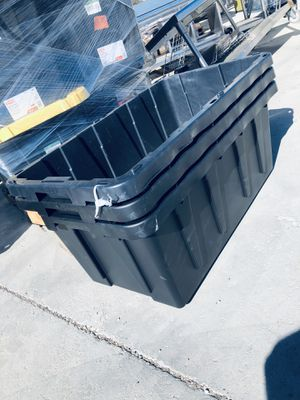 Plastic storage containers for Sale in Hesperia, CA