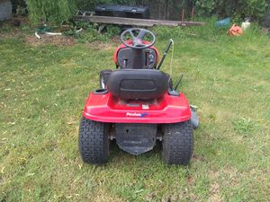 Pulan riding lawn mower for Sale in Everett, WA