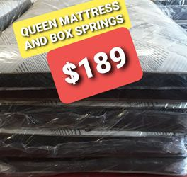 QUEEN MATTRESS AND BOX. SPRING for Sale in Fresno,  CA