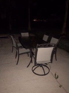 Beautiful pool deactivate and patio furniture. for Sale in Thonotosassa, FL