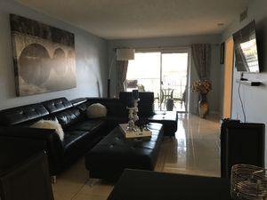 Sofa y ottoman for Sale in Miami, FL