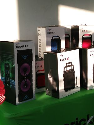 ZIZO Speakers for Sale in Silsbee, TX