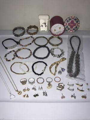 Jewelry for Sale in Lowell, MA