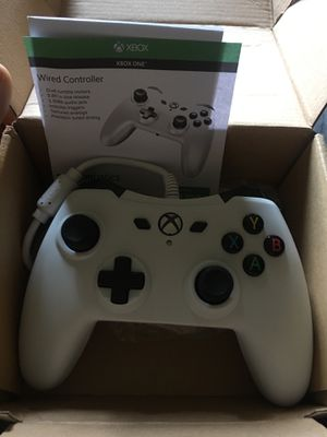 Xbox one wired controller for Sale in Lexington, KY