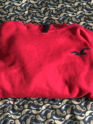 HOLLISTER CALIFORNIA RED AND BLACK HOODIE SIZE MEDIUM for Sale in Sacramento, CA