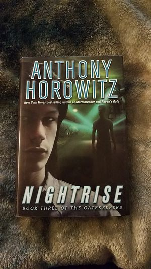 Nightrise [book 3 in Gatekeepers series] for Sale in Victorville, CA