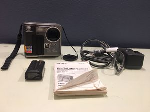 Sony Digital Still Camera MVC-FD7 for Sale in Sumner, WA