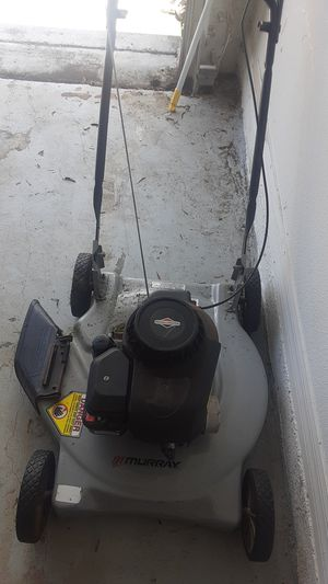 Selling 2 lawnmowers for Sale in Kissimmee, FL