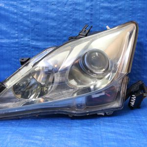 2006-2008 Lexus Is250 Is350 Left Headlight Hid Xenon Original for Sale in Hollywood, FL