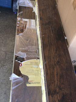 Piso/floor for Sale in Magna,  UT