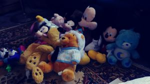 DISNEY OFFITIAL BIG AND SMALL COLLECTABLE STUFFED ANIMALS 3.00 EACH OR ALL 45.00 for Sale in Heath, OH