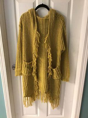 Cardigan sweater for Sale in Gurnee, IL