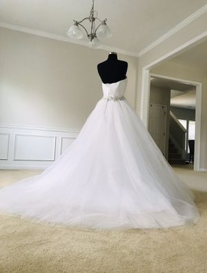 Wedding dress for Sale in Buford, GA