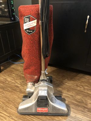 Royal Vaccum Cleaner Anniversary Edition WORKS GREAT commercial grade vacuum cleaner for Sale in Skiatook, OK