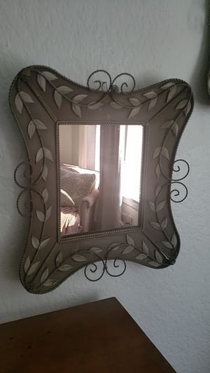 Vintage mirrors for Sale in Everett, WA