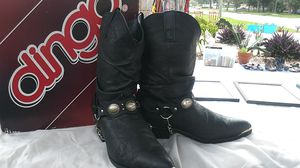 Black leather dingo boots size 9 and 1/2 ew for Sale in St. Petersburg, FL