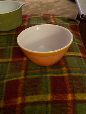 Pyrex red rust 401 1 1/2 pt for Sale in Bonney Lake, WA