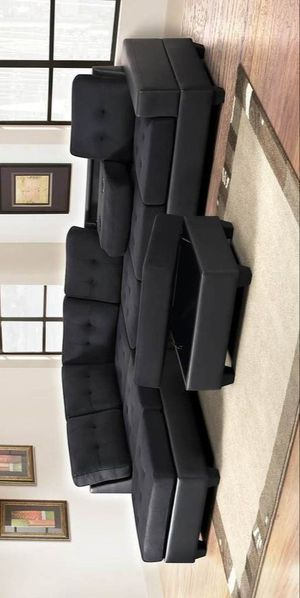 Heights black black reversible sectional with storage ottoman for Sale in Houston, TX