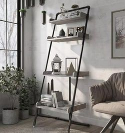 4-Shelf Leaning Accent Bookcase With Leveling Feet for Sale in Commerce,  CA