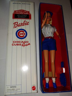 Chicago cubs fan barbie doll special edition Chicago Wrigley field Mattel 27969 for Sale in Chicago, IL