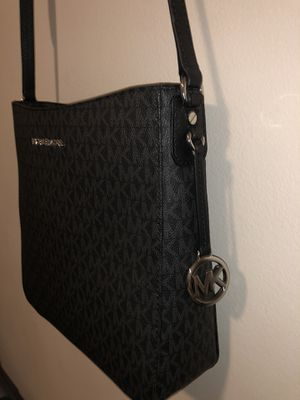 Michael Kors Bag for Sale in Azusa, CA