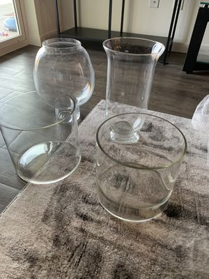 Tall vases and end table for Sale in Chandler, AZ