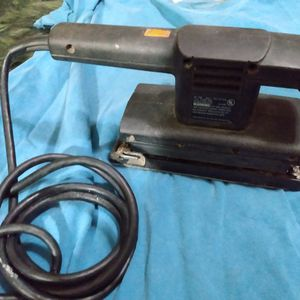 Black And Decker finishing Sander for Sale in Columbus, OH