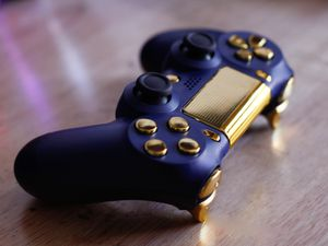 California - DUAL SHOCK 4 - Wireless Bluetooth Custom PlayStation Controller - PS4 / PS3 / PC for Sale in Riverside, CA