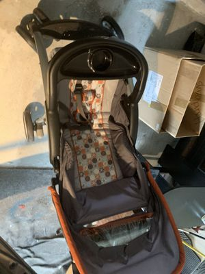 Baby stroller for Sale in Katy, TX