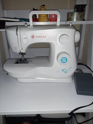 Singer sewing machine for Sale in Bellevue, WA