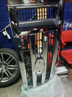 2008-2014 for econoline grill chrome for Sale in MONTGOMRY VLG, MD